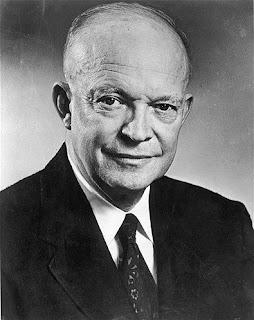 Firmeza en el liderazgo. Frases de Dwight D. Eisenhower