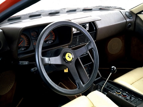 Interior Ferrari Testarossa