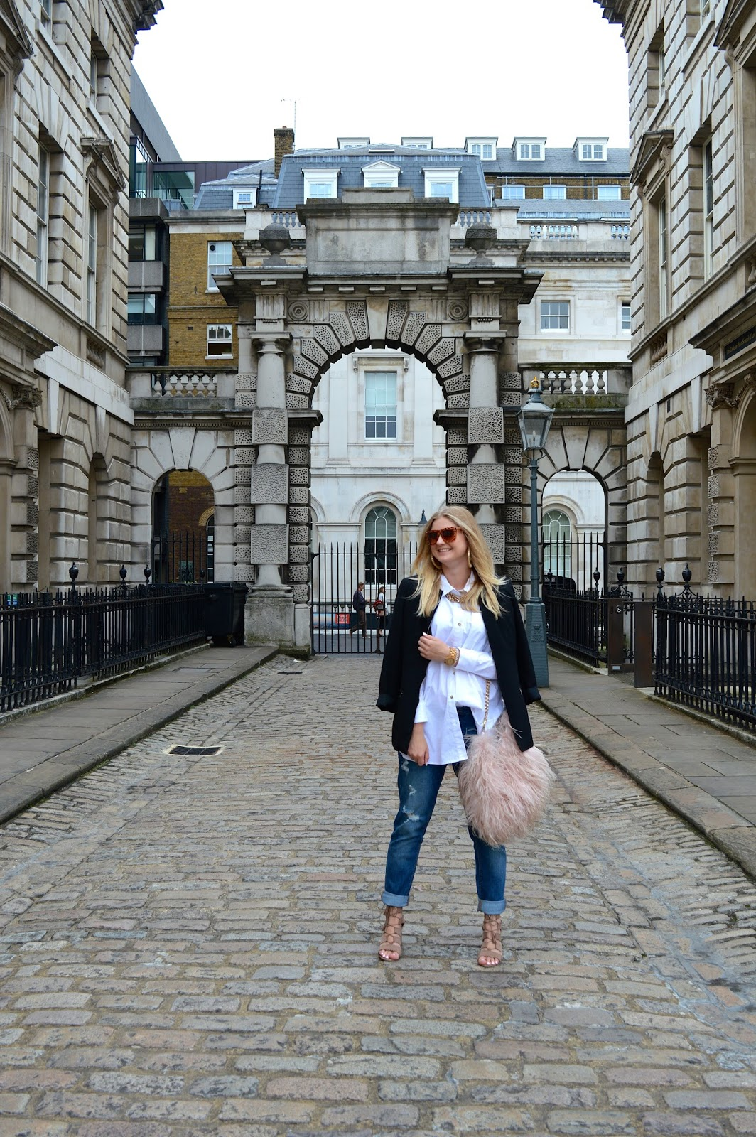 what to wear for London Fashion Week, fashion bloggers UK, fashion blog