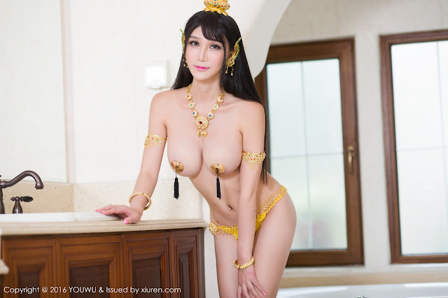 Hot girls Big natural boobs with sexy cosplay 15