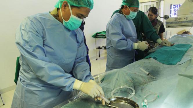 ilustrasi praktik dokter