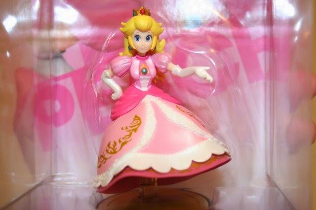 Principessa Peach senza gambe.