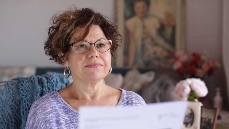 Mengerikan Akibat Implan Payudara Wanita Ini Divonis Alami Kanker