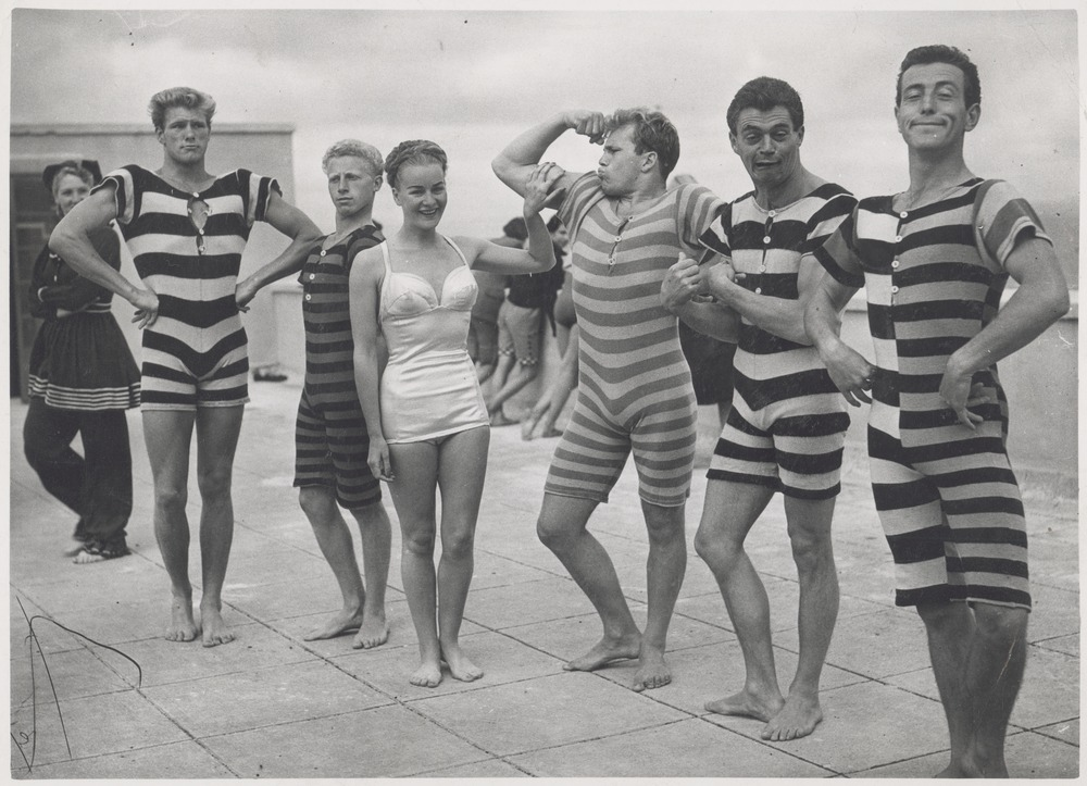 Magnificent Vintage Everyday Men In Victorian And Edwardian Swimsuits Ca 1940S Short Hairstyles For Black Women Fulllsitofus