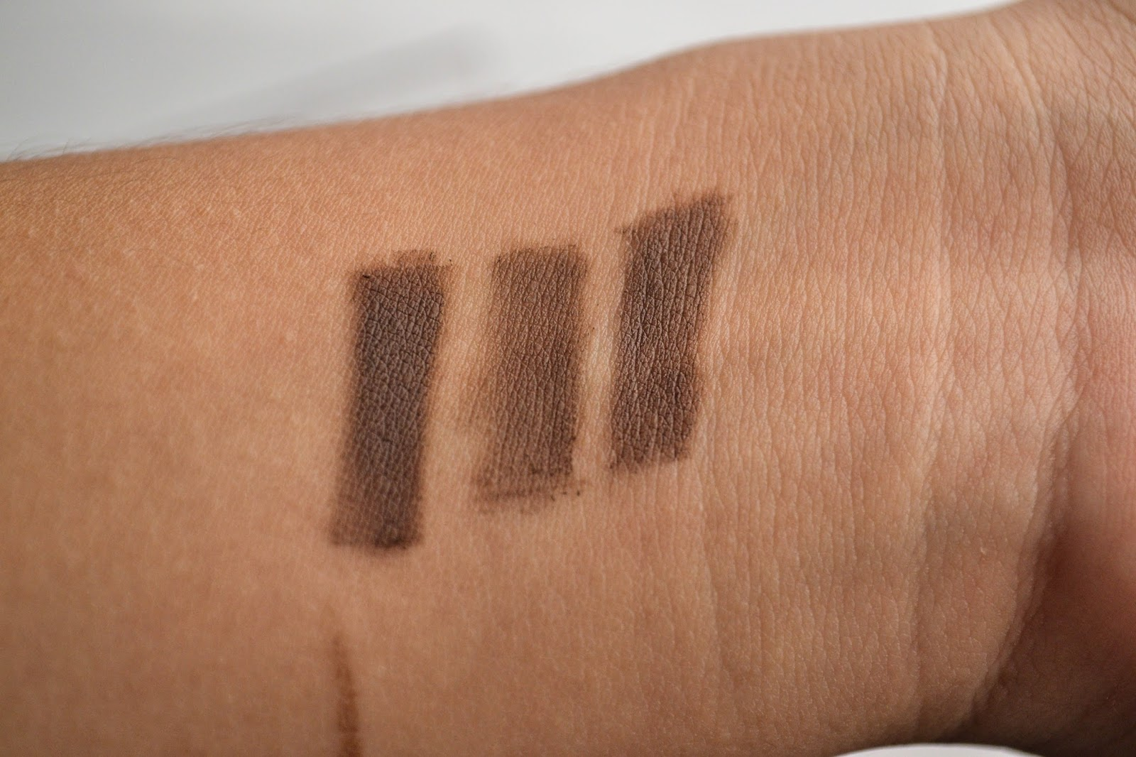 brow this way rimmel london swatches