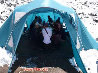 tent base camp group