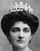Pearl Tiara Queen Margherita Italy Savoy Musy Elena
