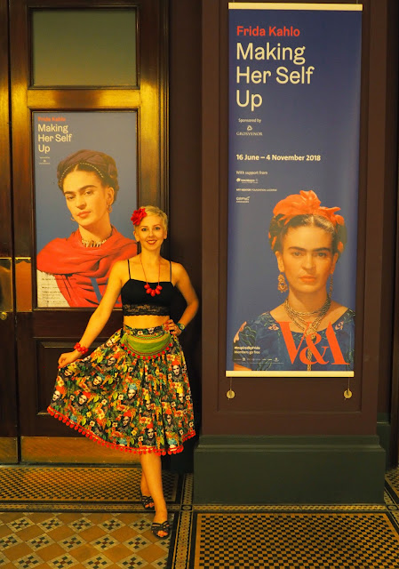 Frida Kahlo, Making Her Self Up, Victoria and Albert Museum, V&A, London, #InspiredbyFrida, Sew La Di Da Vintage, Frida Fiesta fabric, skirt, Hyde Park, hip bag, fanny bag, bum bag, Washpapa