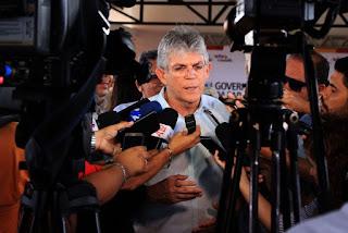 Ricardo anuncia que os governadores do Nordeste vão discutir segurança pública