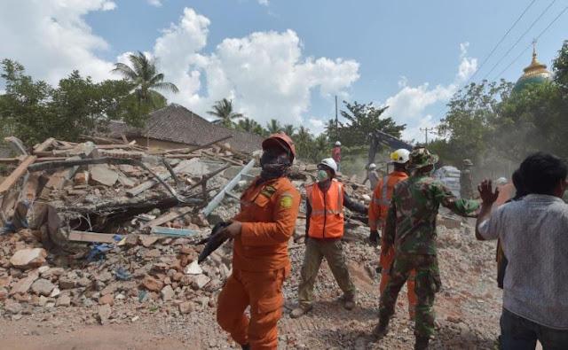 Lombok Terangkat 25 Cm karena Gempa 7 SR