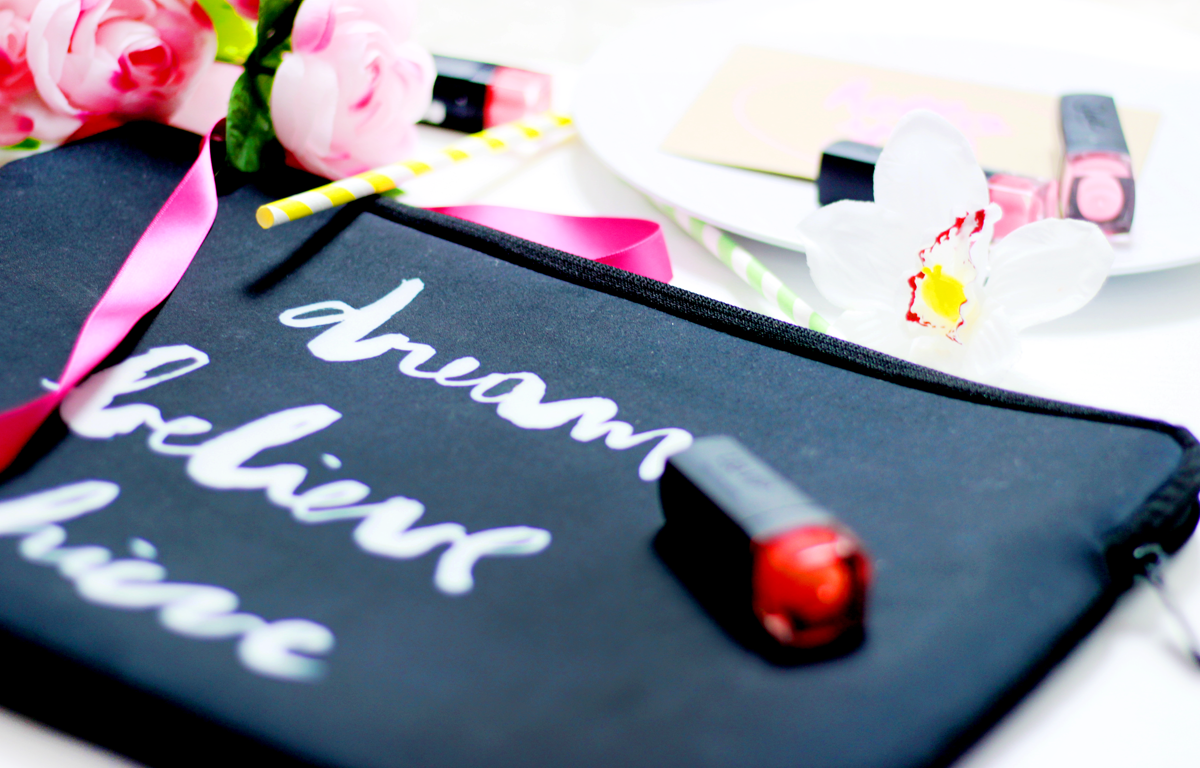 an image of Casetify Laptop Sleeve Dream, Believe, Achieve quote
