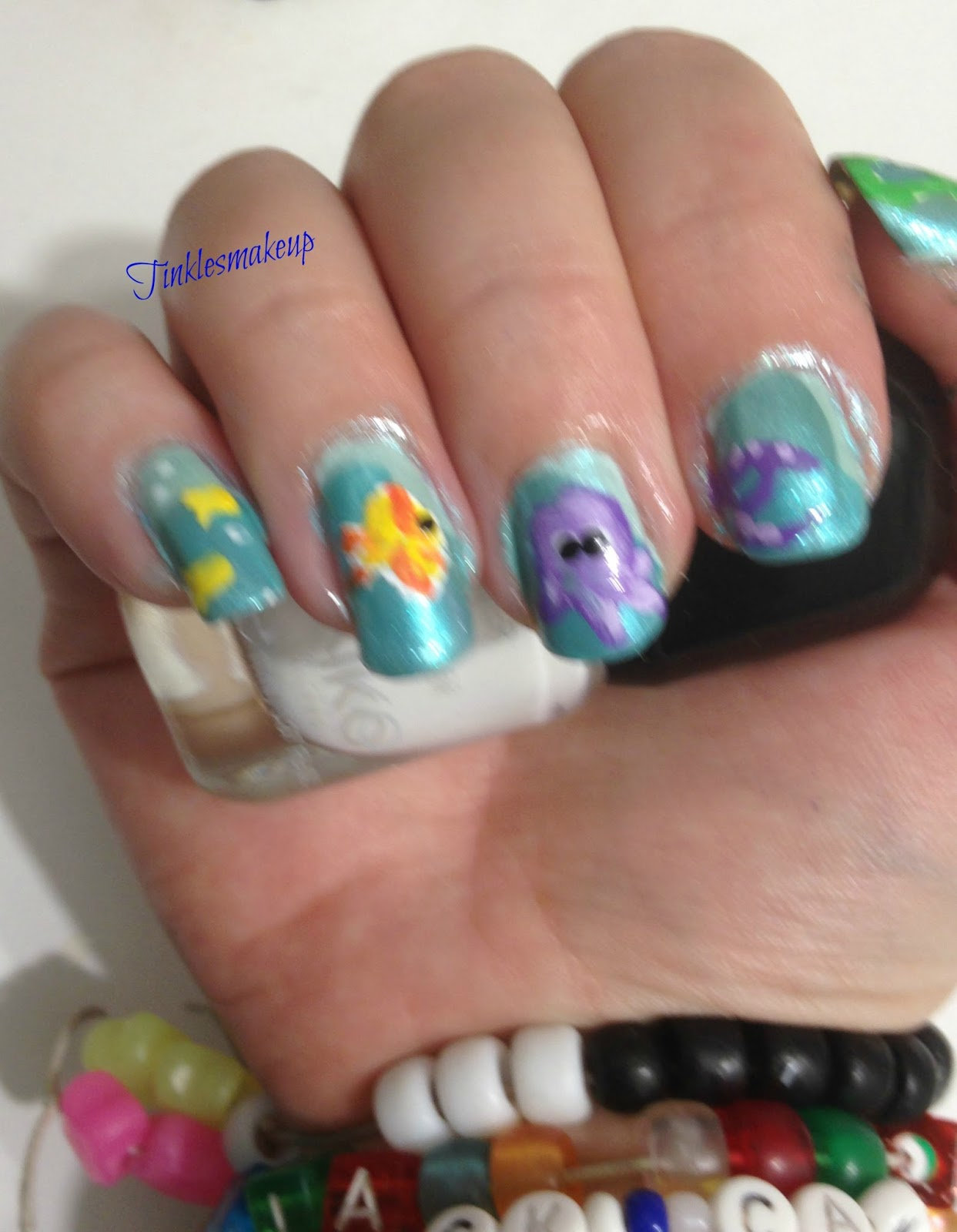 Tinklesmakeup: Under the sea nail art