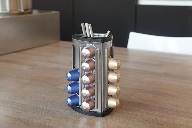 Dispenser per capsule caffè