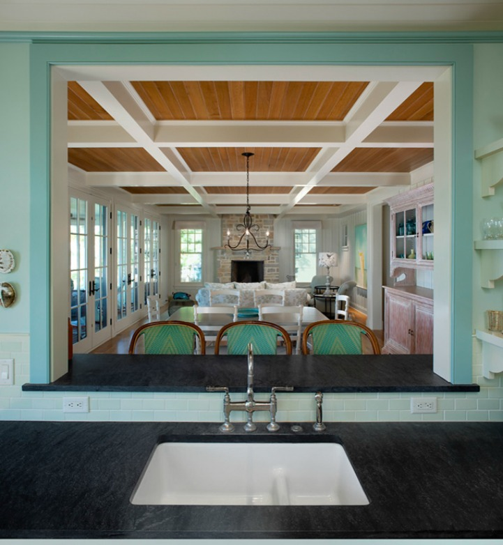 Coastal cottage aqua dining room