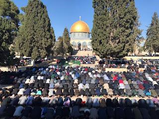 صلاة الجمعة في المسجد الأقصى قبل قليل 8-12-2017