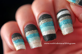 nail art with textured nail polish