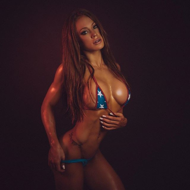 Fitness Model Samantha Skolkin Instagram
