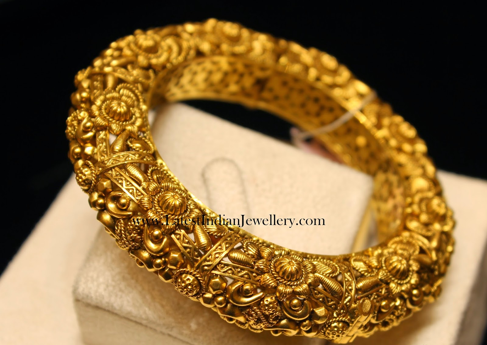 Royal Gold Kankanam