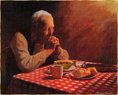 Piring Kayu untuk Kakek