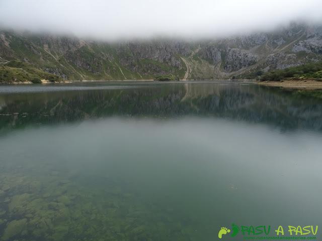 Lago del Valle desde el muro