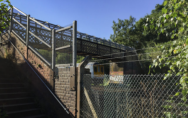 Railway footbridge.  Walk around the Hawkwood Estate 13, 30 August 2016.