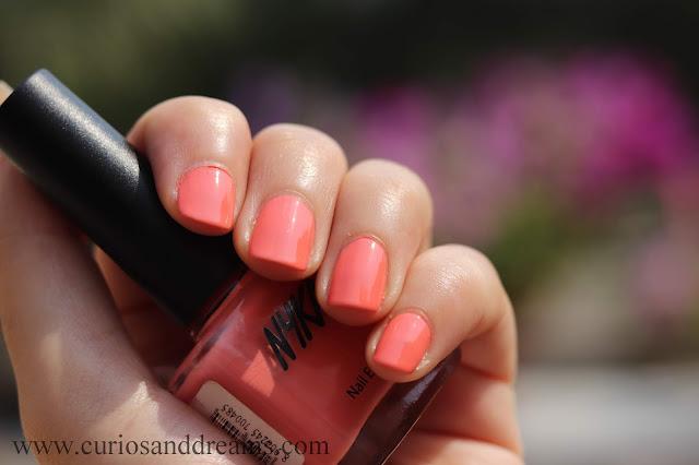 Nykaa nail polish, Nykaa pastel nail polish, review, swatch, pomegranita