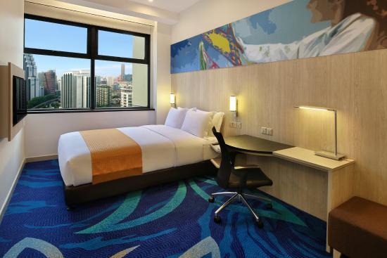 Holiday Inn Express Kuala Lumpur City Centre Rooms