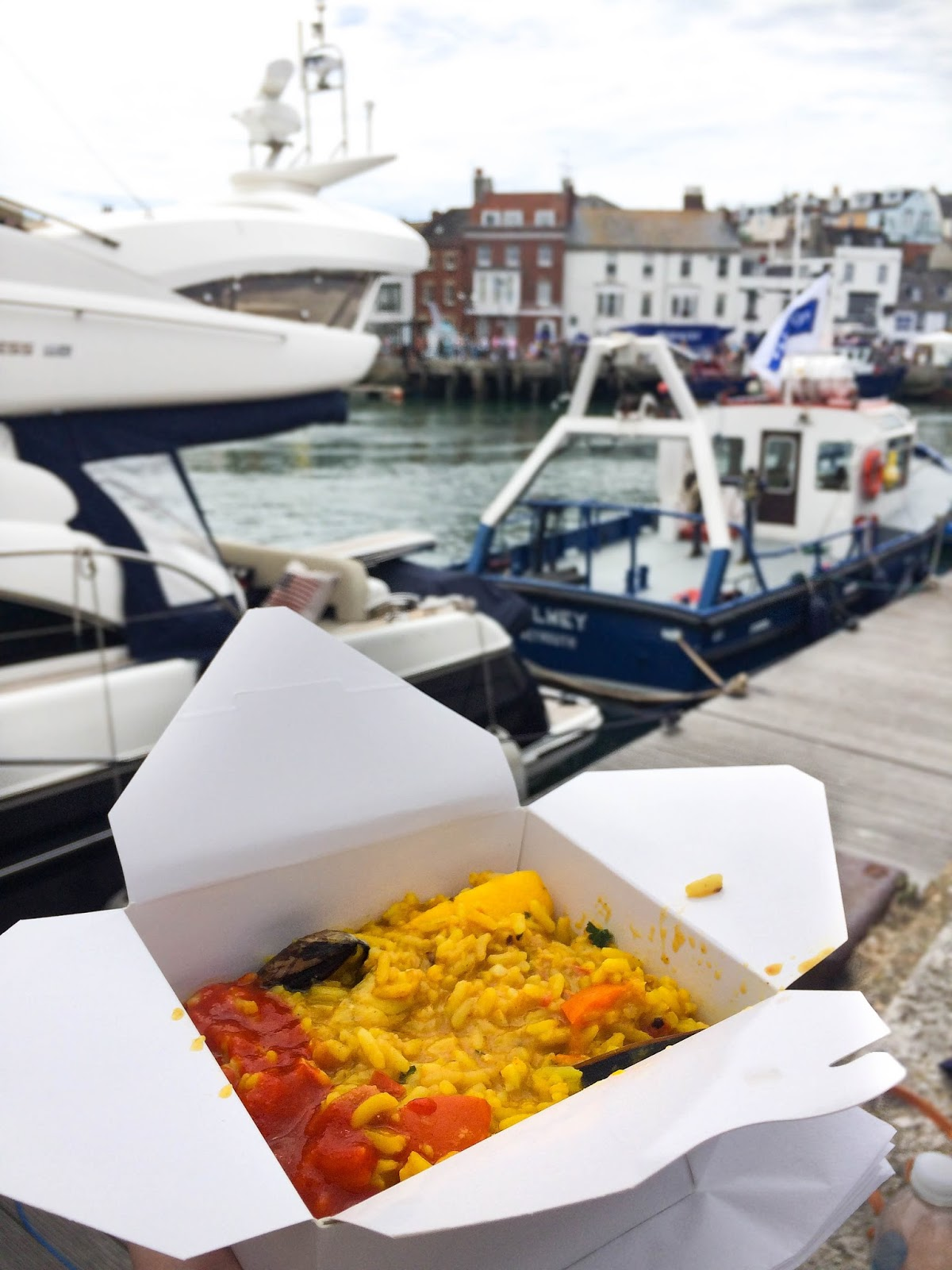 Pommery Dorset Seafood Festival in Weymouth, paella, street food, food bloggers, lifestyle bloggers