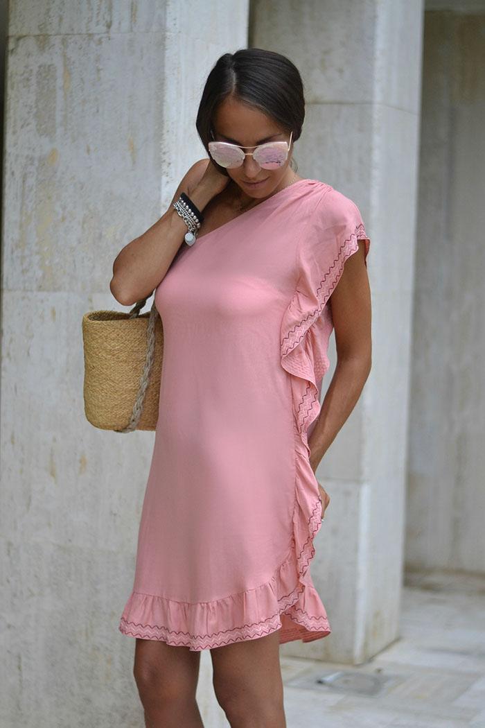 abito spiaggia rosa