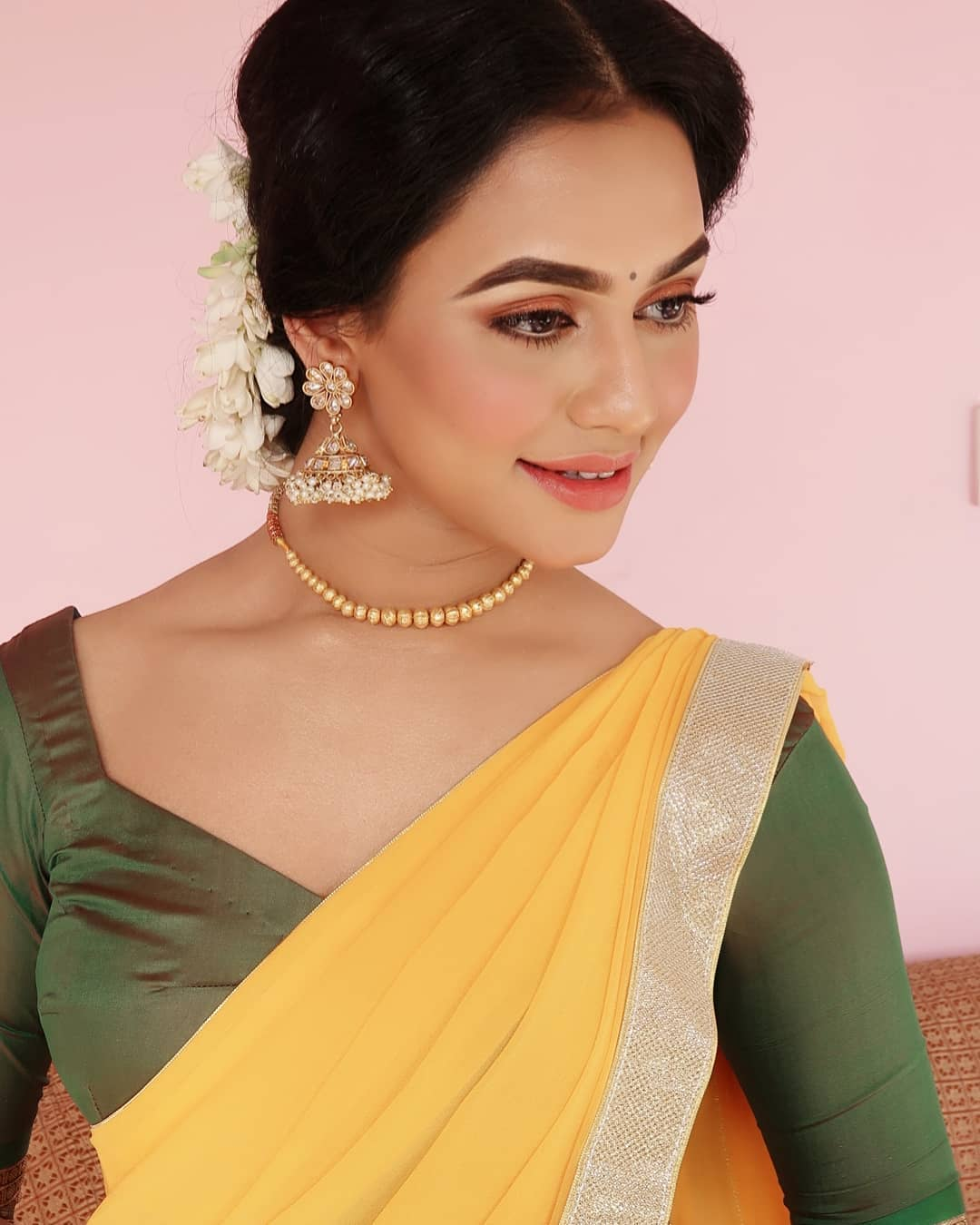 Nusraat Faria Pictures - HD Actress Photo