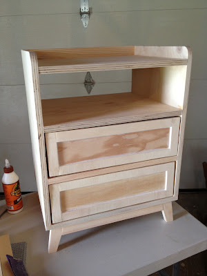 build a mod nightstand using plywood