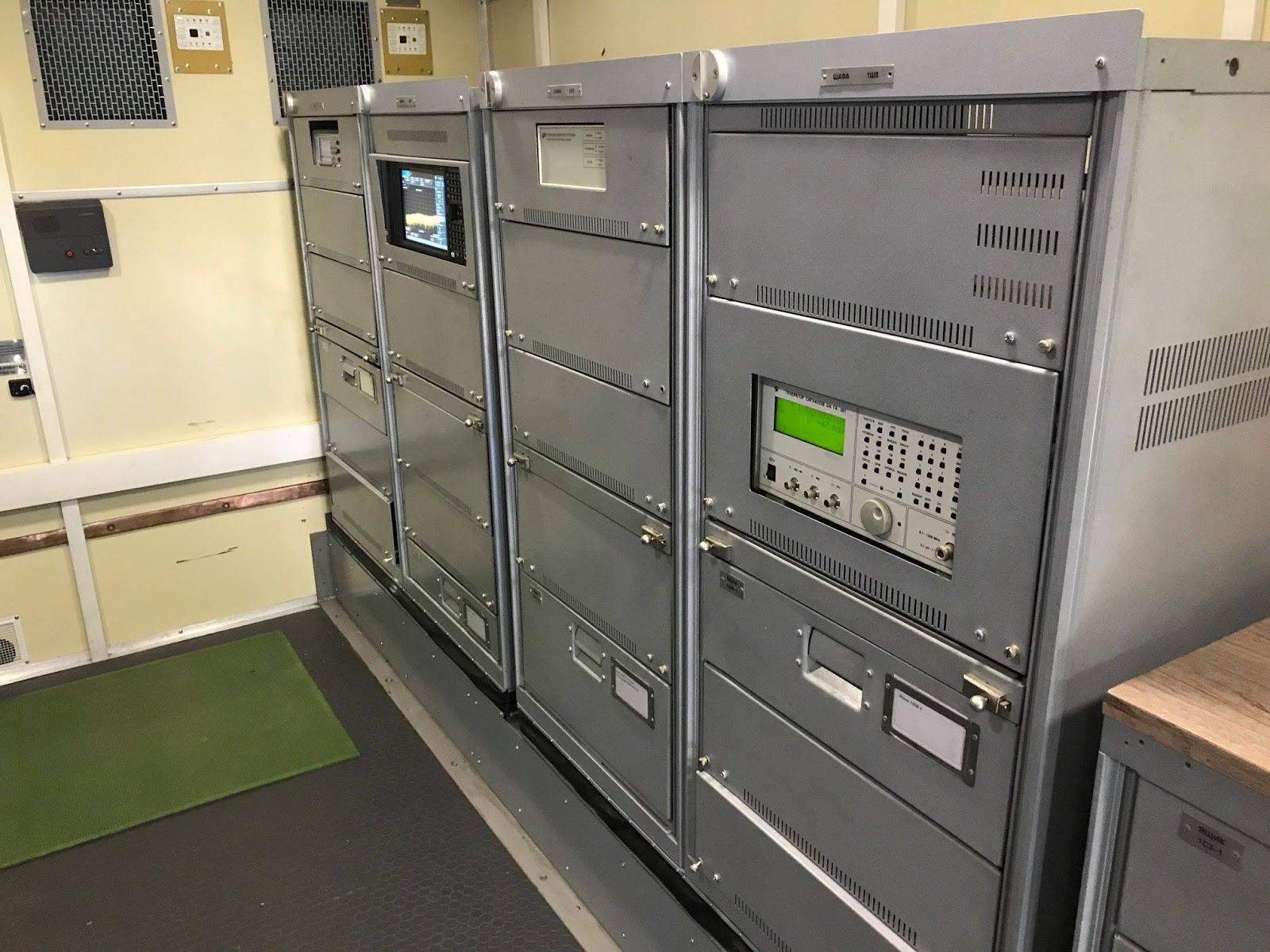 мобільні центри обслуговуванняконтрбатарейних РЛС