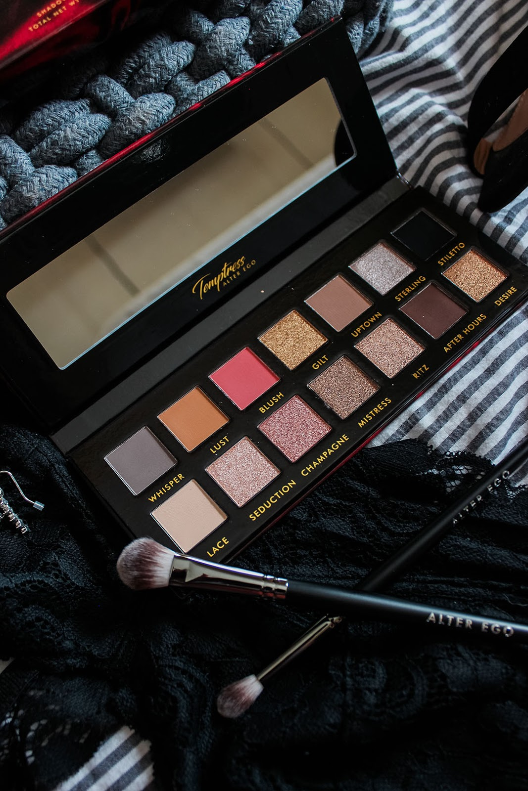 Gettin' Sultry w/ the Alter Ego Temptress Palette | XO
