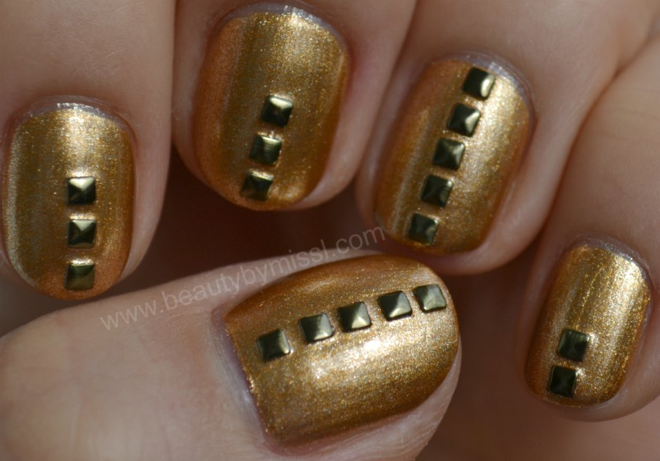 manicure, notd, nails of the day, nailart, antique gold