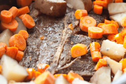 6 Ingredient Slow Cooker Pot Roast