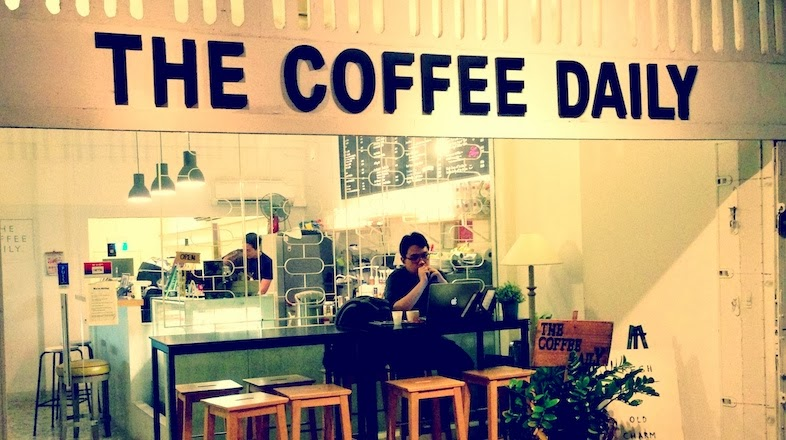 the coffee daily shopfront