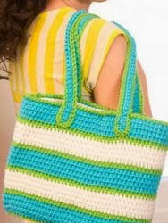 http://www.redheart.com/free-patterns/striped-tote-bag