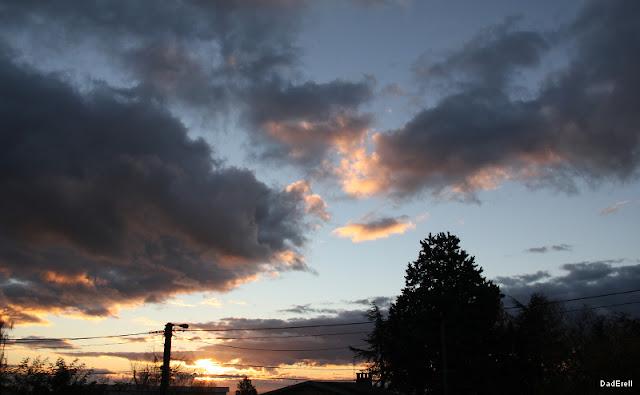 Lever de soleil et nuages