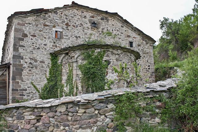 Фотографија бр. 2 изглед на црквата од исток