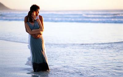 خلفيات رومانسية وعشق 2016 رومانسية romantic-couple-hug-