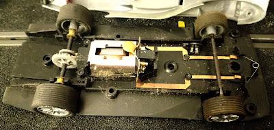 Limpieza de la mecánica del Audi R8 Scalextric