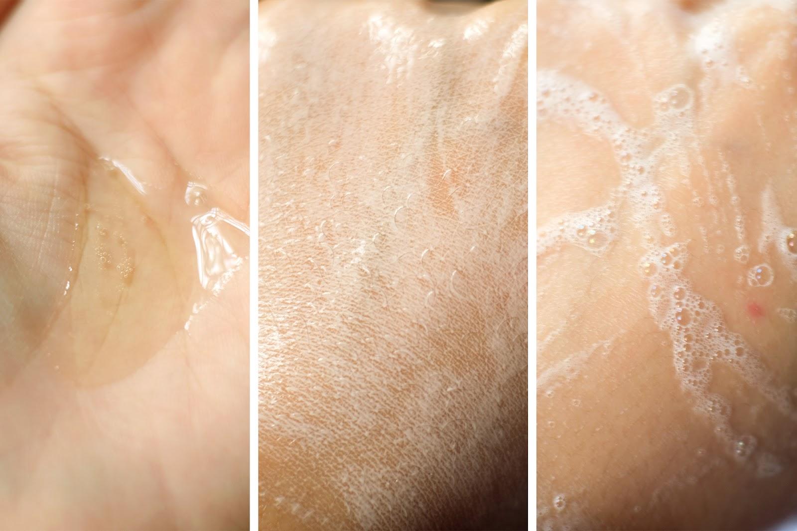 amitie-oil-to-foam-cleanser