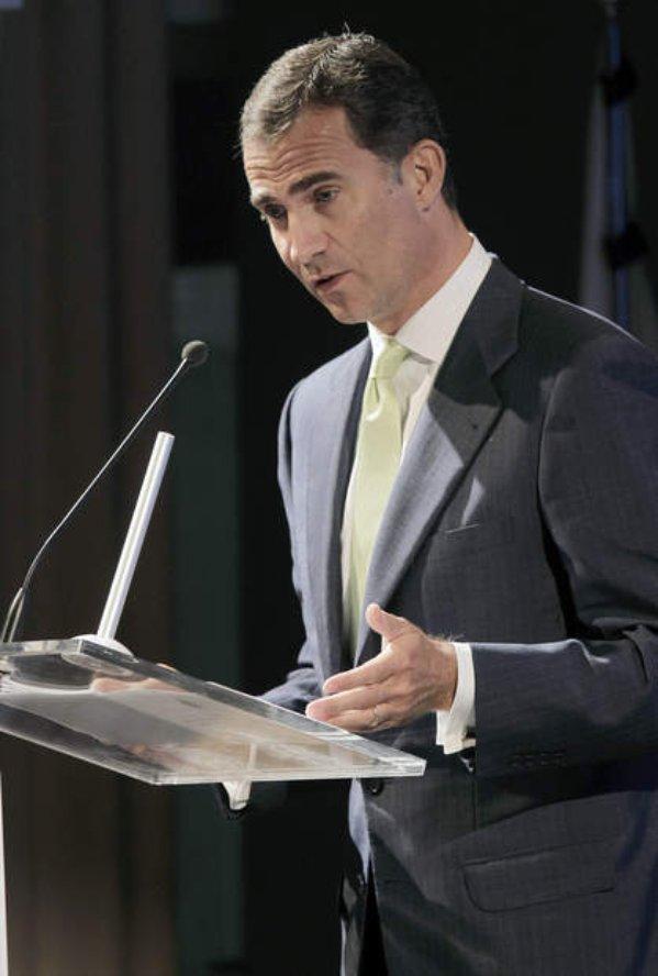 espana-encuentro-telecomunicaciones-los-principes-en-la-inauguracion-oficial-del-xxv-encuentro-de-las-telecomunicaciones-02%2524599x0.jpg