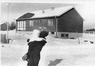 Nyskannade bilder från 60-talet med Alice och Åsa Öberg (Högrelius)