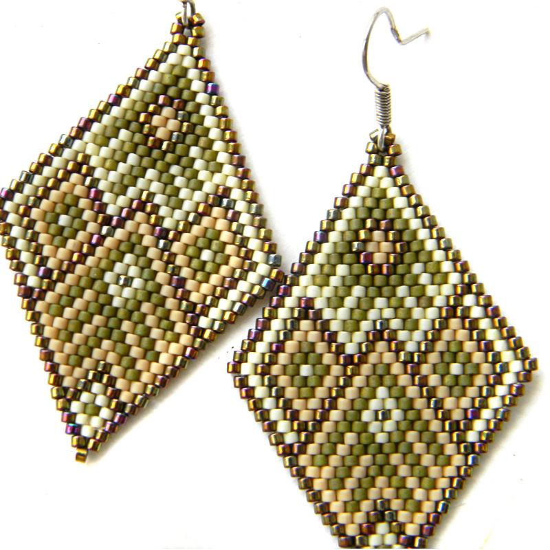 Крупные серьги-ромбы из бисера seed bead earrings beadwork
