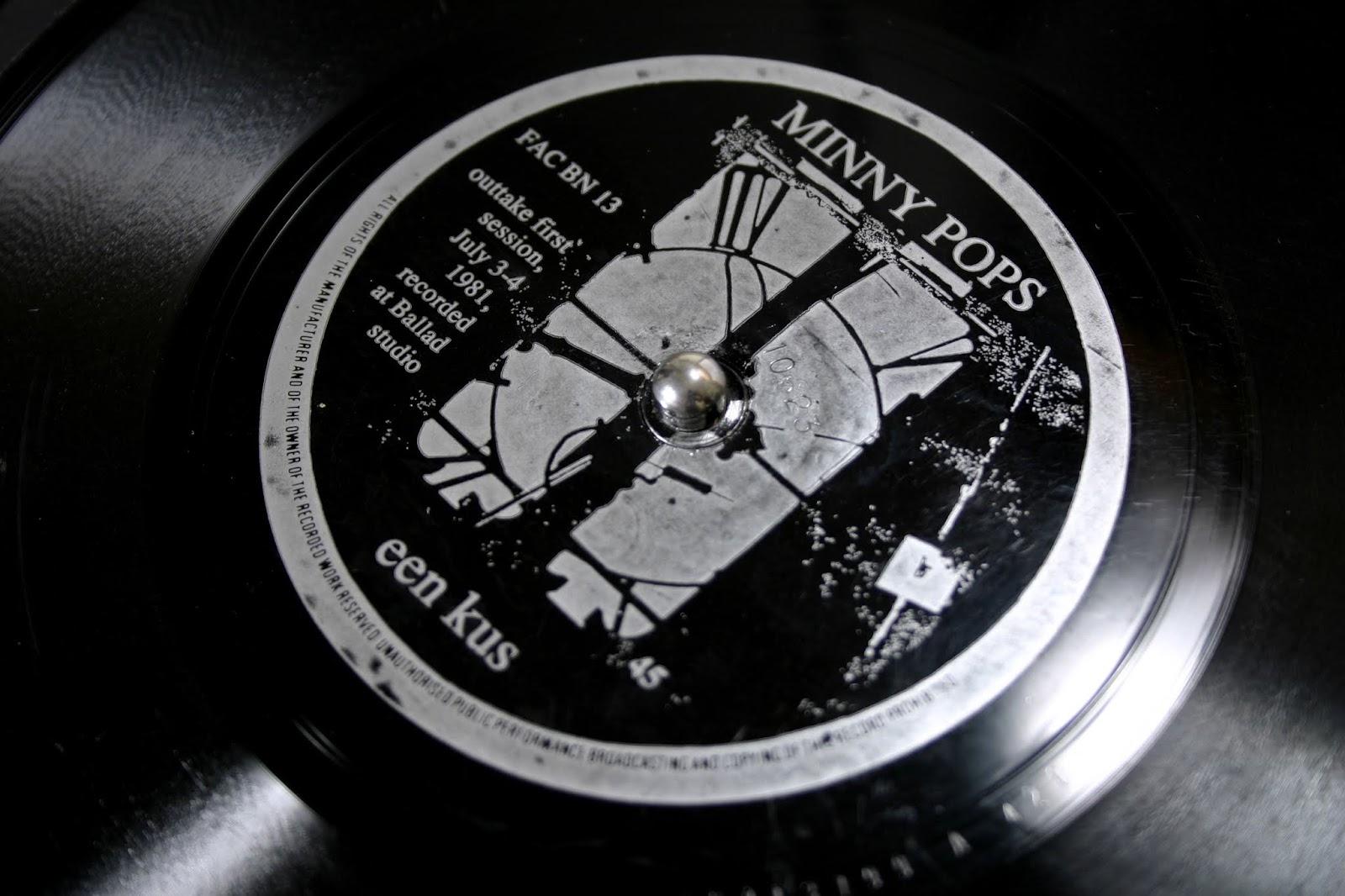 'Vinyl' magazine flexi-disc [Factory Benelux FAC BN 13, Vinyl Magazine 8]