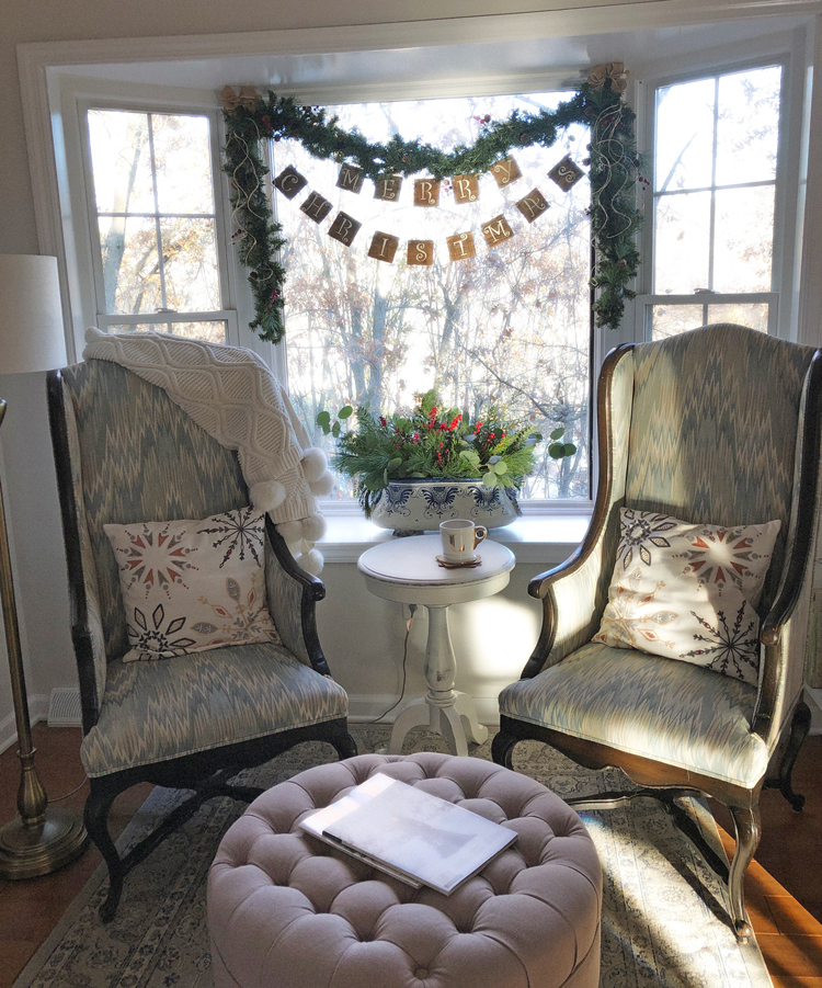cozy sitting area with bay window