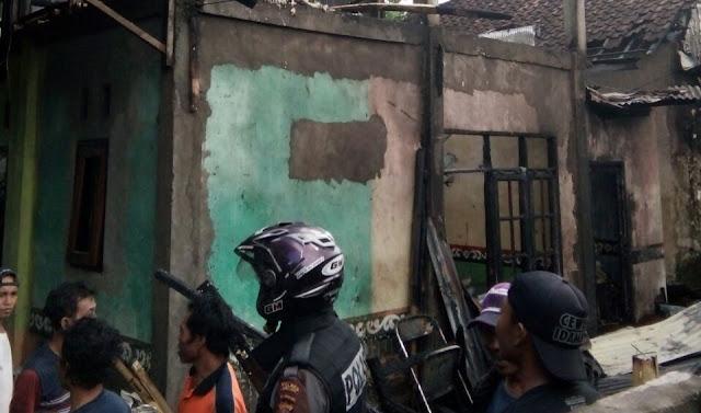 Kebocoran Tabung Gas, Rumah Warga Dilalap Jago Merah
