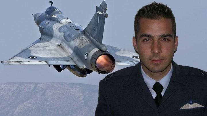 Ντοκουμέντο με το μοιραίο Mirage 2000-5 λίγο πριν τη συντριβή - Η κάμερα κατέγραψε τη βουτιά θανάτου του Γιώργου Μπαλταδώρου - ΒΙΝΤΕΟ