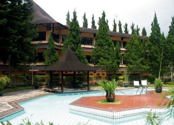 Hotel asri dekat wisata guci tegal